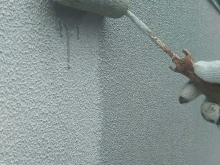 塀 上塗り1回目(薄付け)