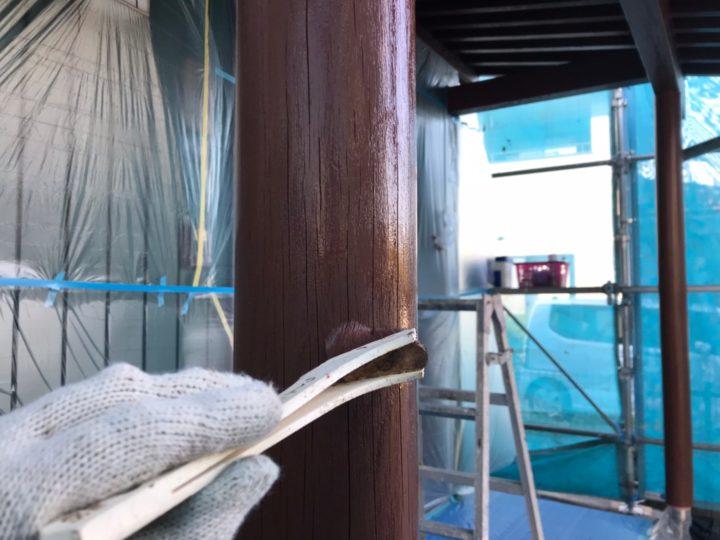 玄関ポーチ柱(木材保護塗料)