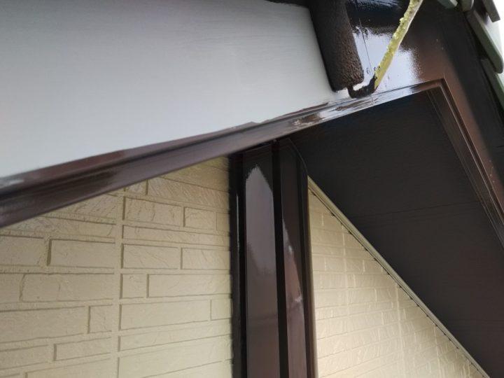 破風板 上塗り1回目