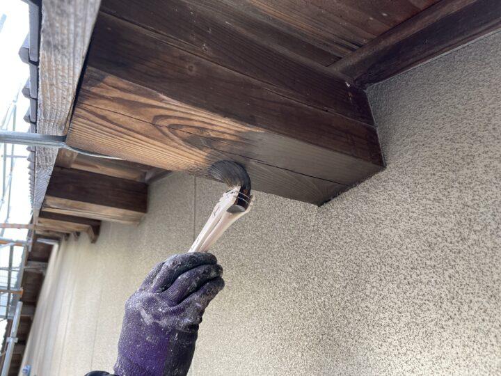 母屋 木材保護塗料1回目