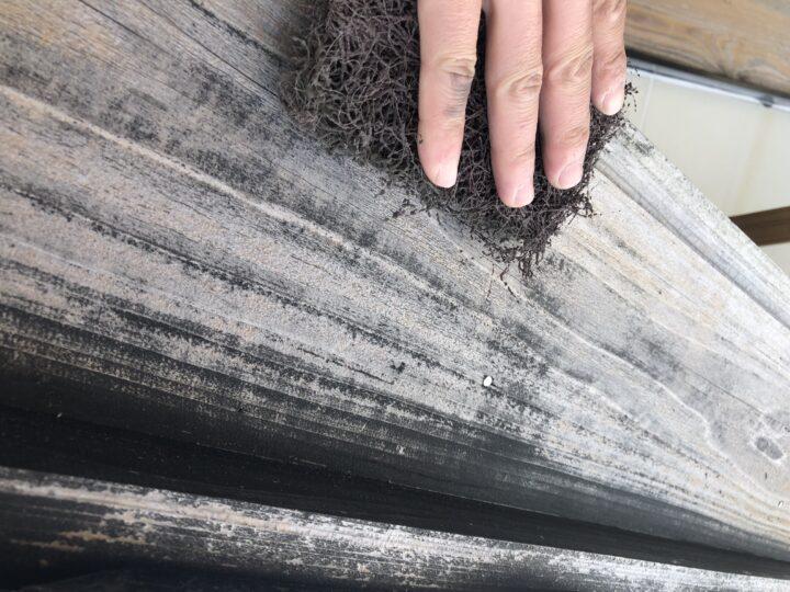 破風板・鼻隠し (木材保護塗料)
