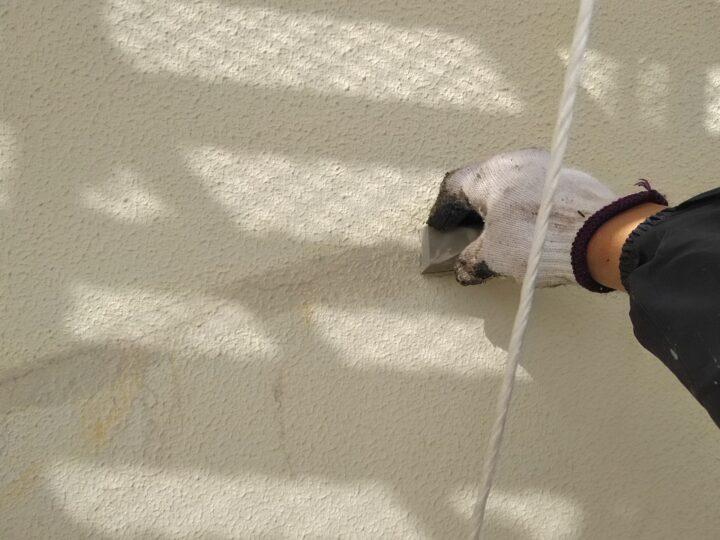 外壁 下塗 ひび割れ補修