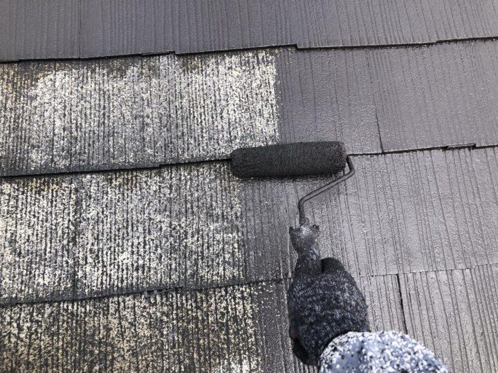 屋根上塗1回目(薄付)