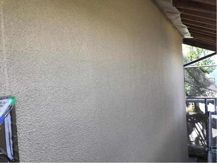 母屋外壁上塗り(2回目)
