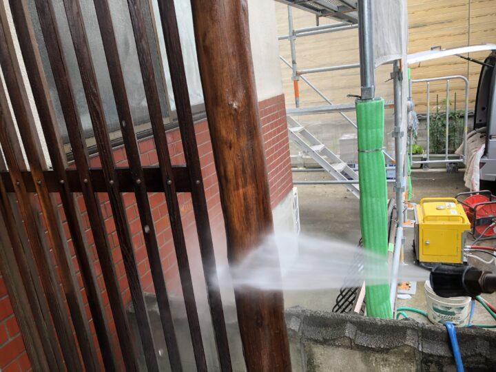 玄関回り木部 高圧洗浄