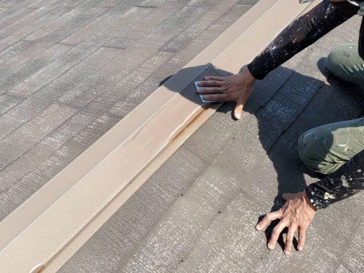屋根板金部ケレン